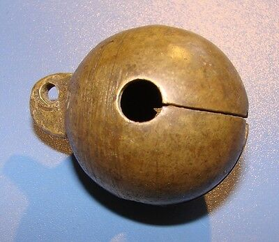 ANCIENT BELL FOR ANIMALS. 17 - 18 CENTURY. Bronze.Original