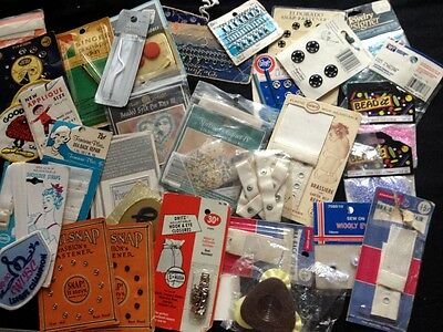 Lot of 39 p.c.s. Thing you Need When you are sewing or repairing vintage textile