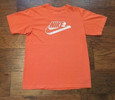 Boys Size L (14-16) Orange And White Short Sleeve Nike T-shirt EUC