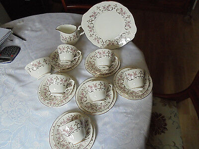 Royal Sutherland H&M vintage 21 piece bone china Tea set vgc