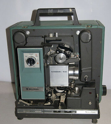 Vintage Bell & Howell Model 1592 16mm Autoload Filmosound Movie Projector