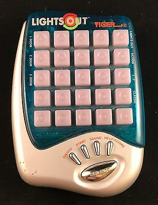 """Vintage Handheld """" Lights Out 2000 """" Electronic Game By Tiger"""