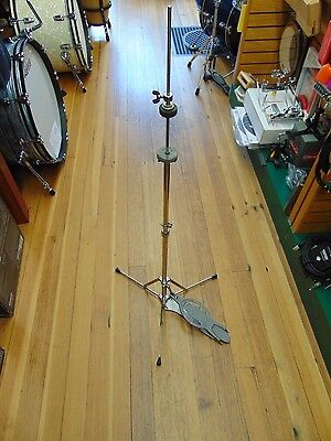 Vintage Ludwig Flat Base Hi Hat Stand 1123 with Clutch Worldwide Shipping