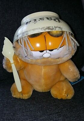Vintage Garfield Soft Toy 1981 With Tags Pasta Bowl and Spoon Damaged 11 inch