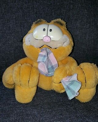 Vintage Garfield Soft Toy With Comfort Blankie Blanket 1981 9 inch Collectable