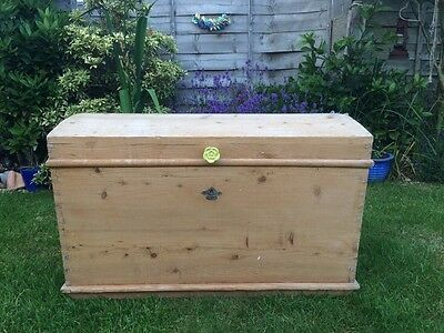 Antique Old Pine Blanket Box Trunk Chest