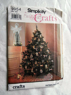 Oop Simplicity Crafts 9954 Crocheted Christmas tree ornaments topper NEW
