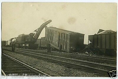 1900s RAILROAD WORKERS LIFTING A ROCK ISLAND AUTOMOBILE RAIL CAR REAL PHOTO PC