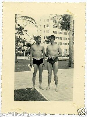 2 MEN IN SPEEDO TYPE SWIMSUIT'S 1940s PHOTO GAY INTEREST