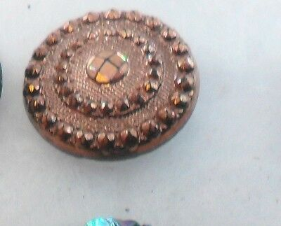 "WOW 3/4"" Gold Luster GlassBlack Antique Button 489:31"