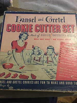 Vintage 1947 Plastic Hansel and Gretel Cookie Cutter Set in Original Box