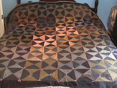 """Antique Hand Tied Machine Sewn Patchwork Quilt - Full Bed Size??  - 74"""" x 78"""""""