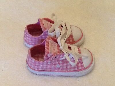 Converse One Star Pink Gingham Infant Girls Athletic Fashion Sneaker, Size 5