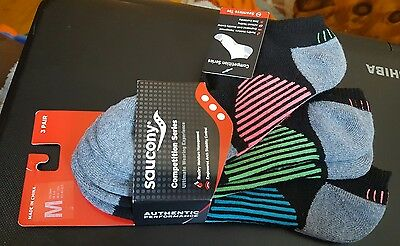 NIP 3 Pair Saucony Black Low Cut Ankle Socks Competition Series Medium UNISEX