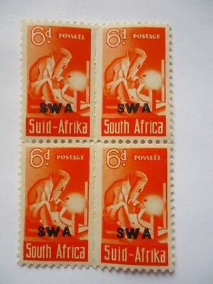 South West Africa KGVI 1943-44 SG128 6d Orange MNH Block 2x bilingual pairs