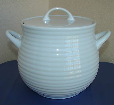 Crate & Barrel Brunswick White Ribbed 3 Qt. Soup Pot Tureen With Lid ~ Nwt