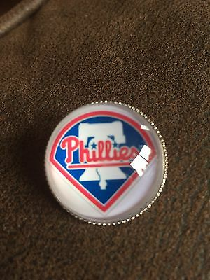 PHILADELPHIA PHILLIES  Baseball MLB  Unique Top Quality Raised Pin Badge