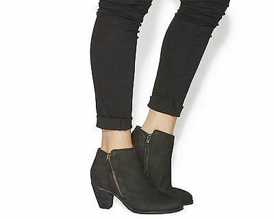 Womens Office Black  Leather Zip Ankle Boot UK Size 8 * Ex Display