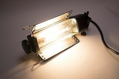 Lowel Tota-light with power cable and spare bulb