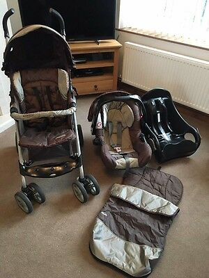 Graco travel system with car seat base