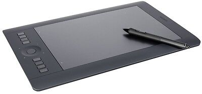 NEVER USED Wacom Intuos Pro - Medium Touch & Pen WITH FREE QUALITY CASE!