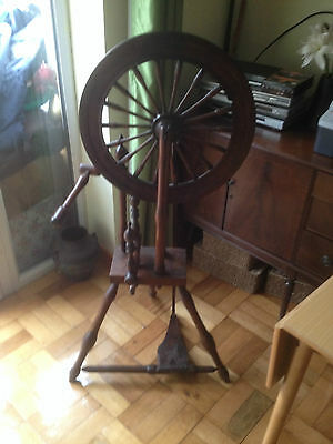 19th centry spinning wheel /working
