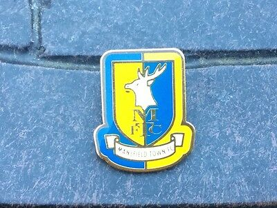 mansfield town football badge