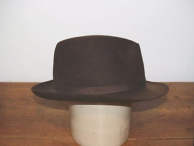 VINTAGE HERBERT JOHNSON  BROWN FELT  TRILBY FEDORA HAT -  59cm  7 1/4