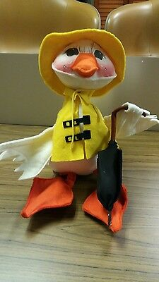 """Vintage 1982 Annalee Spring Showers Duck With Umbrella 12""""Tall"""