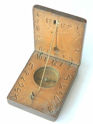 ca.1789 Carved WOODEN COMPASS w/ SOLAR CLOCK Authentic Antique RARE