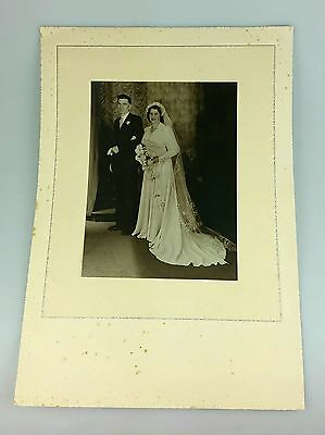 Vintage - Wedding Photograph - Photo In Original Folder - Antique 1941