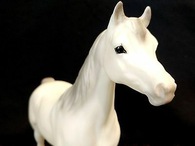 Breyer Traditional #217 Proud Arabian Mare White & Grey Horse Figure EUC Vintage