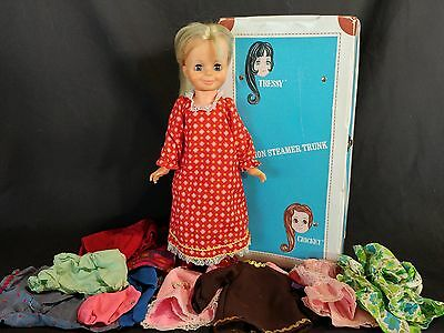 Vintage '63 Fashion Steamer Trunk Tressy Doll Growing Hair Blink Eyes Carry Case