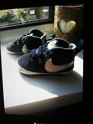 Baby Boys Nike Crib Shoes Trainers 0-3 3-6 Months