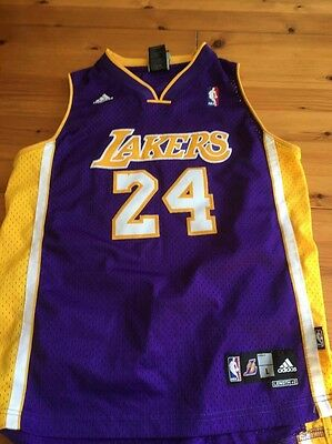 Large Boys LA Lakers Kobe Bryant Basketball Jersey In Fantastic Condition