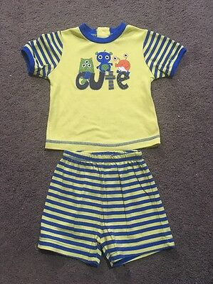 Baby Boys 2 Piece Pyjamas Short Sleeved Top And Shorts Size 1 EUC