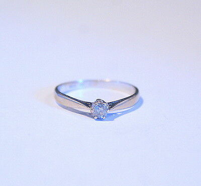 18 Carat White Gold & Diamond Solitaire Engagement Ring