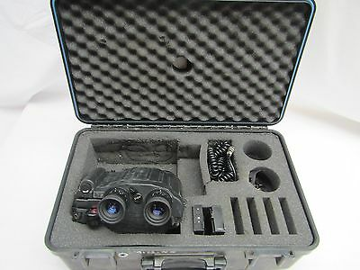 Fujinon 12 x 40 S1240D Stabiscope Binoculars with 4.7 Degree Angle of View.