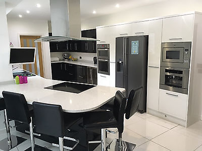 Full Magnet kitchen for sale including all appliancies and Quartz Worktops