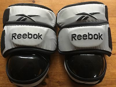 Ice Hockey Goalie Knee Protectors /Pads Reebok Junior