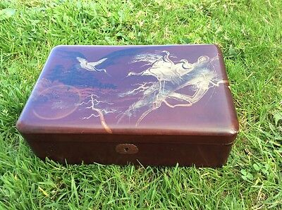 Vintage Japanese Lacquered Jewellery Box. Trinket Box. South East Asian Art.