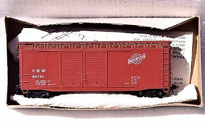 HO Used McKean HO scale Chicago Northwestern 40' Double Door Boxcar Built Kit