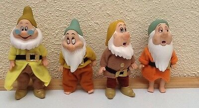 Simba Toys 4 of the 7 Dwarfs Snow White