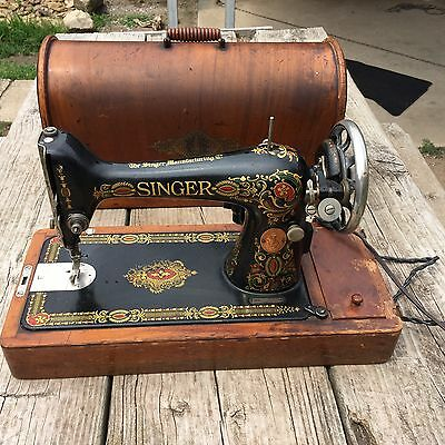 Singer Sewing Machine Model 66 'Red Eye' Bent Wood case Pedal Attachments 1919