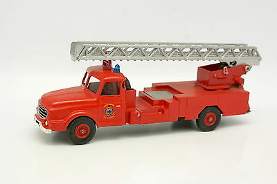 Dinky Toys Code 3 1/43 - Willeme  Pompiers Echelle Marseille