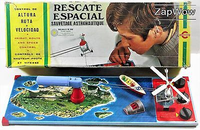 SPACE RESCUE 1968 RESCATE ESPACIAL Helicopter Rocket Tin Lithograph Boxed Game