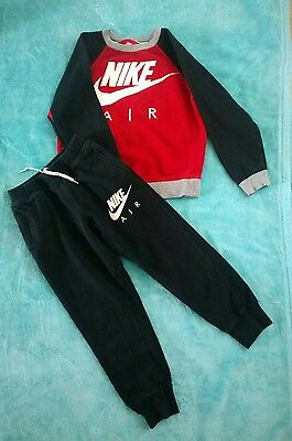 Boys Nike Air tracksuit size 10-12 years