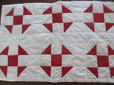 """Red White Vintage QUILT Table RUNNER Mat~Hand Quilted 30"""" x 19"""""""