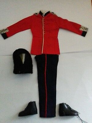 Vintage action man british grenadier guards part uniform lot