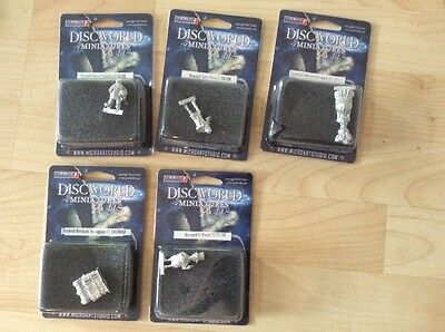 Discworld Miniatures x 5, Littlebottom, Coffin Henry, Luggage, Two flower, Esme